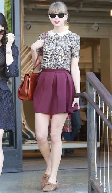 1430296430 taylor swift photos in skirt 13