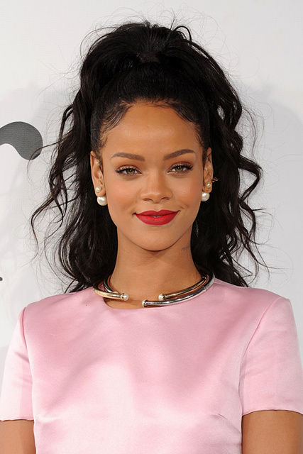 1430380150 rihanna summer hair