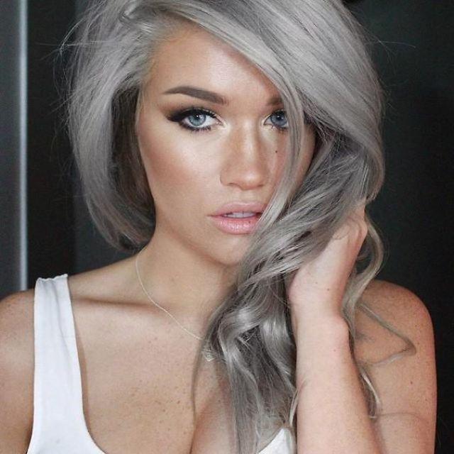 1430406145 gray granny hair trend 191  605