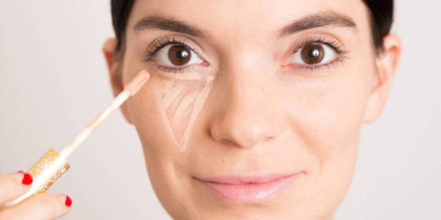 1430561593 b9969  6 10 steps how to apply concealer under eyes 8