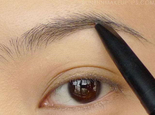 1430970259 lioele artist auto eyebrow 02 dark brown 01 light brown review swatches 9.1