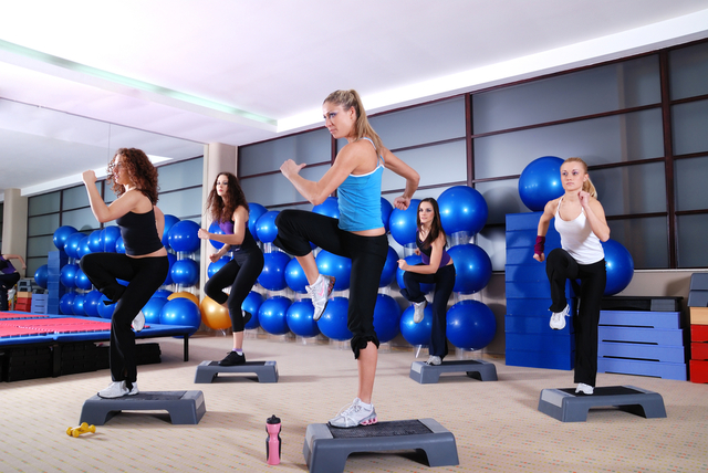 1431052987 aerobic exercise step class