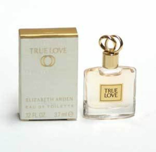 1431057675 true love mini box