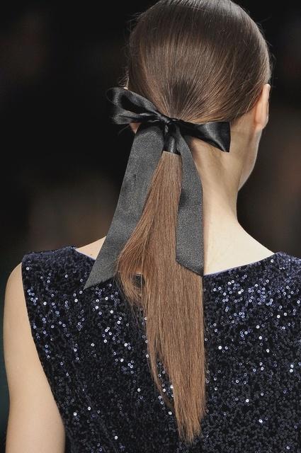 1431583076 ponytail and hair ribbon