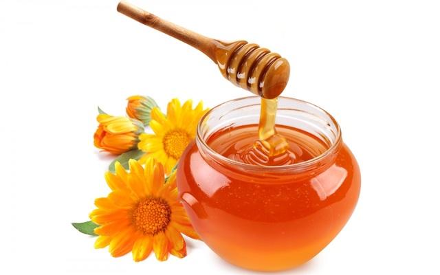 1428583305 the amazing benefits of honey1