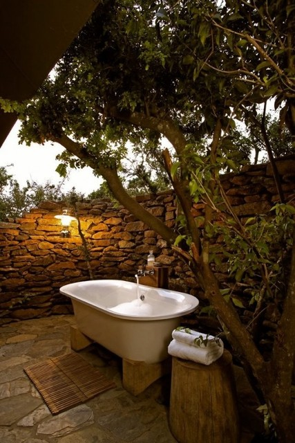 1432195525 outdoor bathroom designs 21