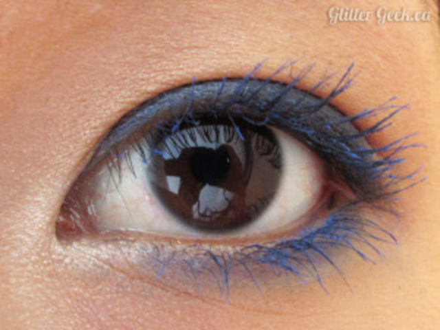 1428591113 wearing ysl blue mascara