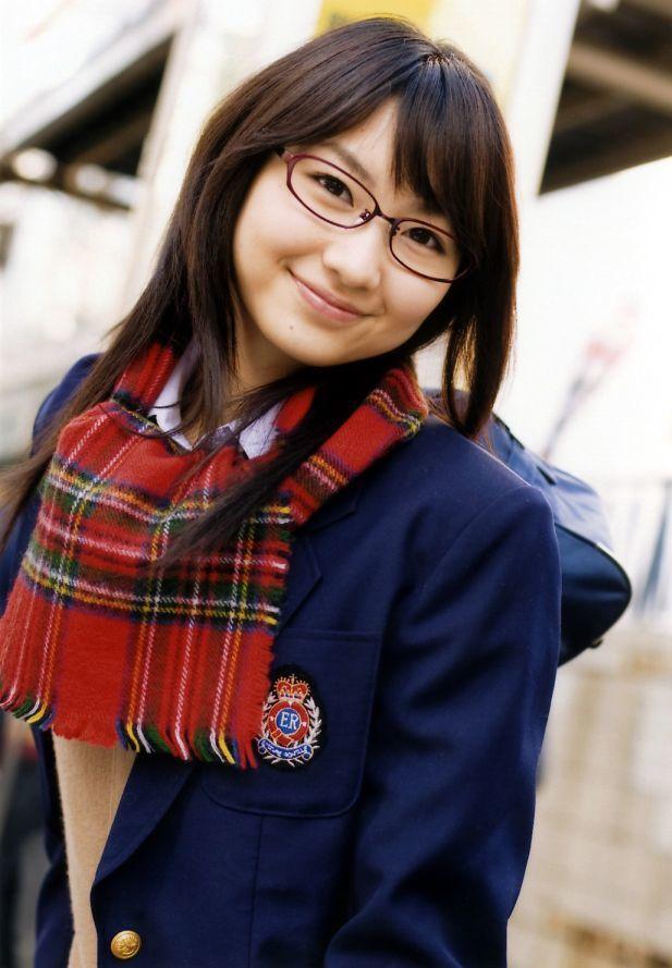 1434015765 156860 glasses girl go in vain schoolgirl uniform glasses muffler