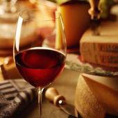 1432608627 bread wine