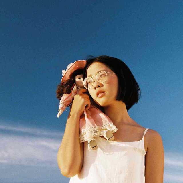 มานีมีใจ ช่างภาพสาวสุดแนว ผู้หลงรักท้องฟ้าและทะเล