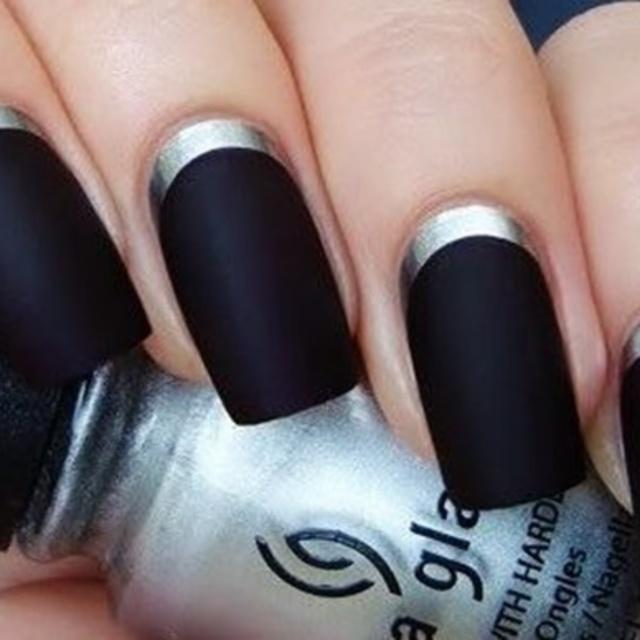 Black nail art 40 แบบ สาวกทาเล็บสีดำต้องดู !
