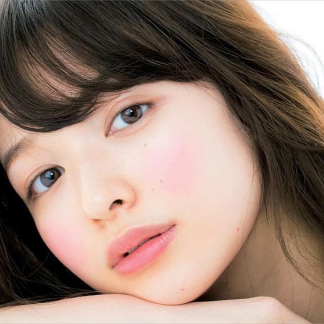 ดูอ่อนโยนแบบสาวญี่ปุ่น ด้วยเมคอัพสีน้ำตาล