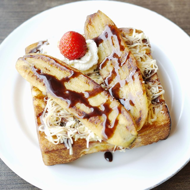 กินทุกวันก็ไม่เบื่อ!! ไอเดียทำ Banana Toast สุดเจ๋งอ่ะแกร ♥